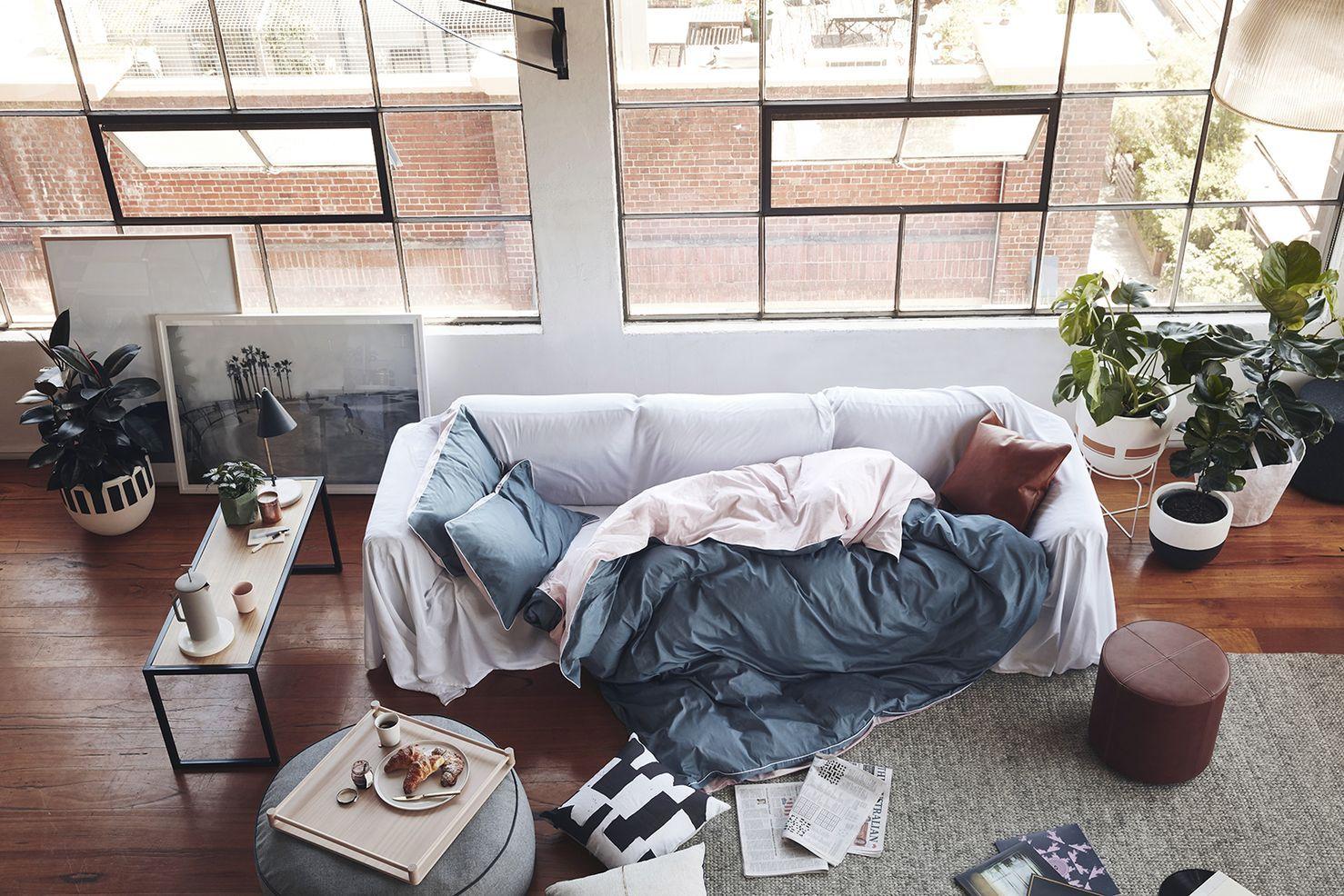 диван спальное место