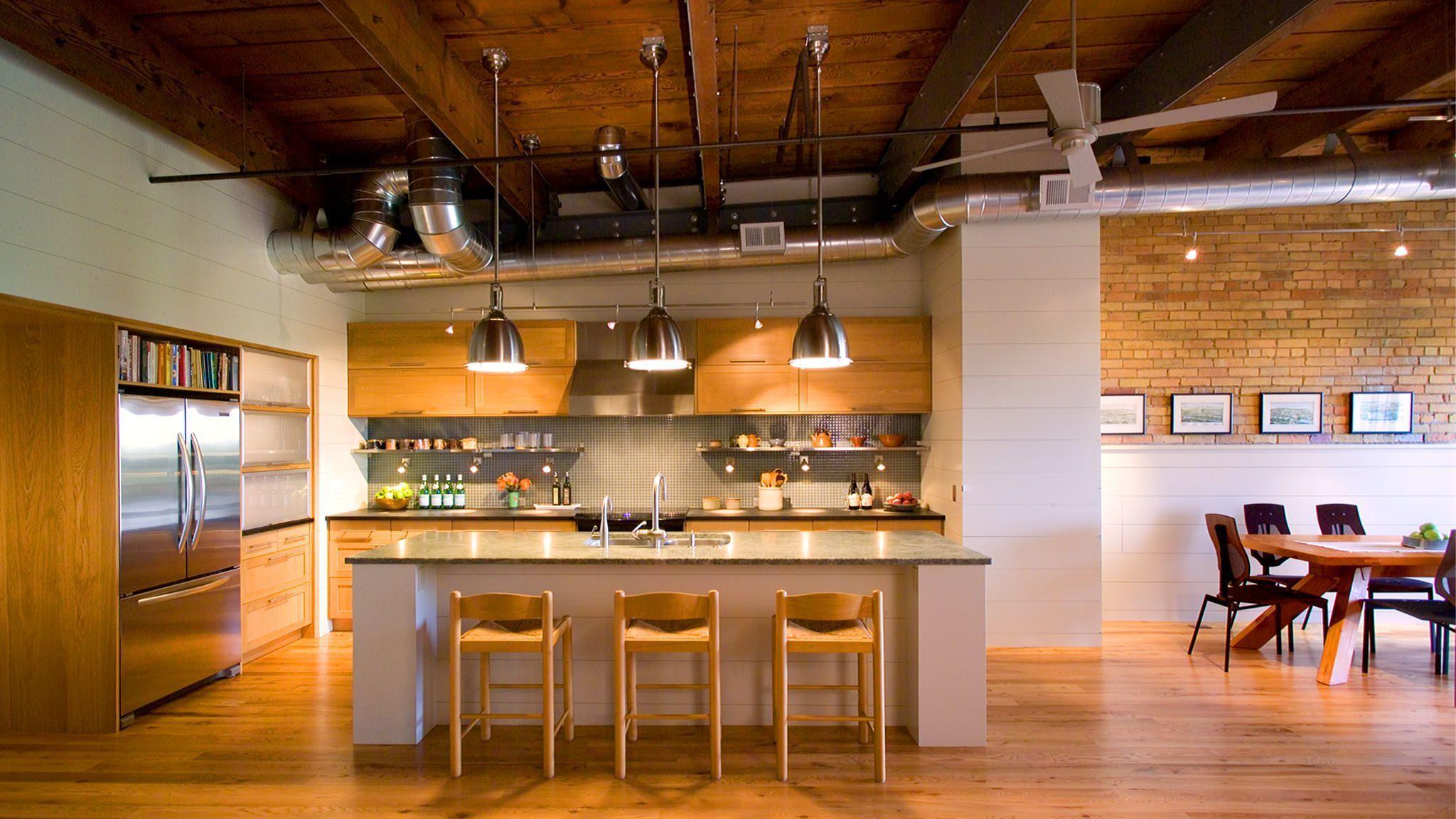 много света на кухне лофт