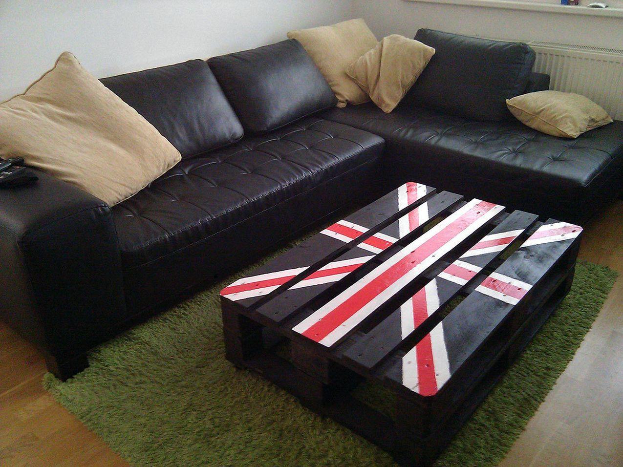 столик из поддонов британский флаг