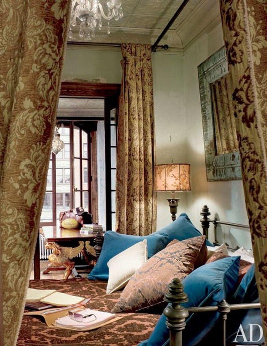 спальня в доме Джерарда Батлера