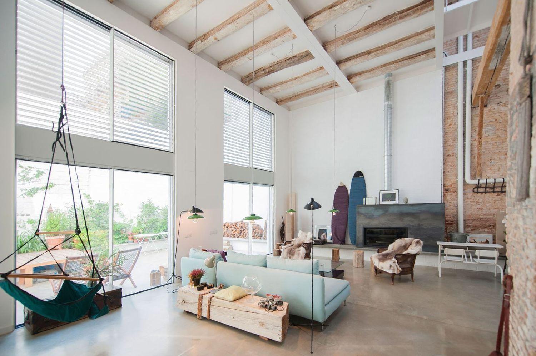 Дом в стиле лофт интерьер