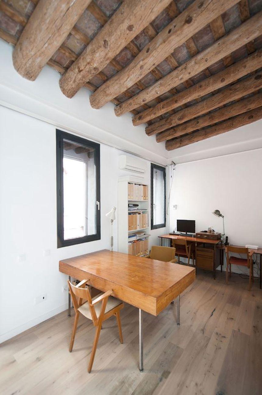 Дом в стиле лофт комната