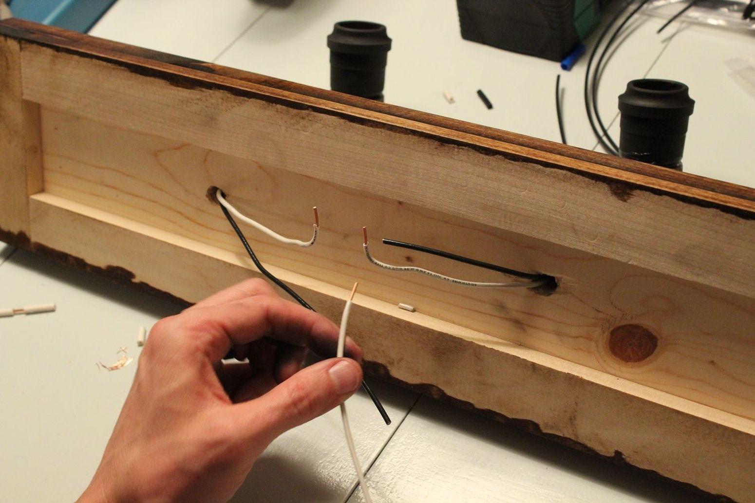 используем параллельную схему подключения проводов