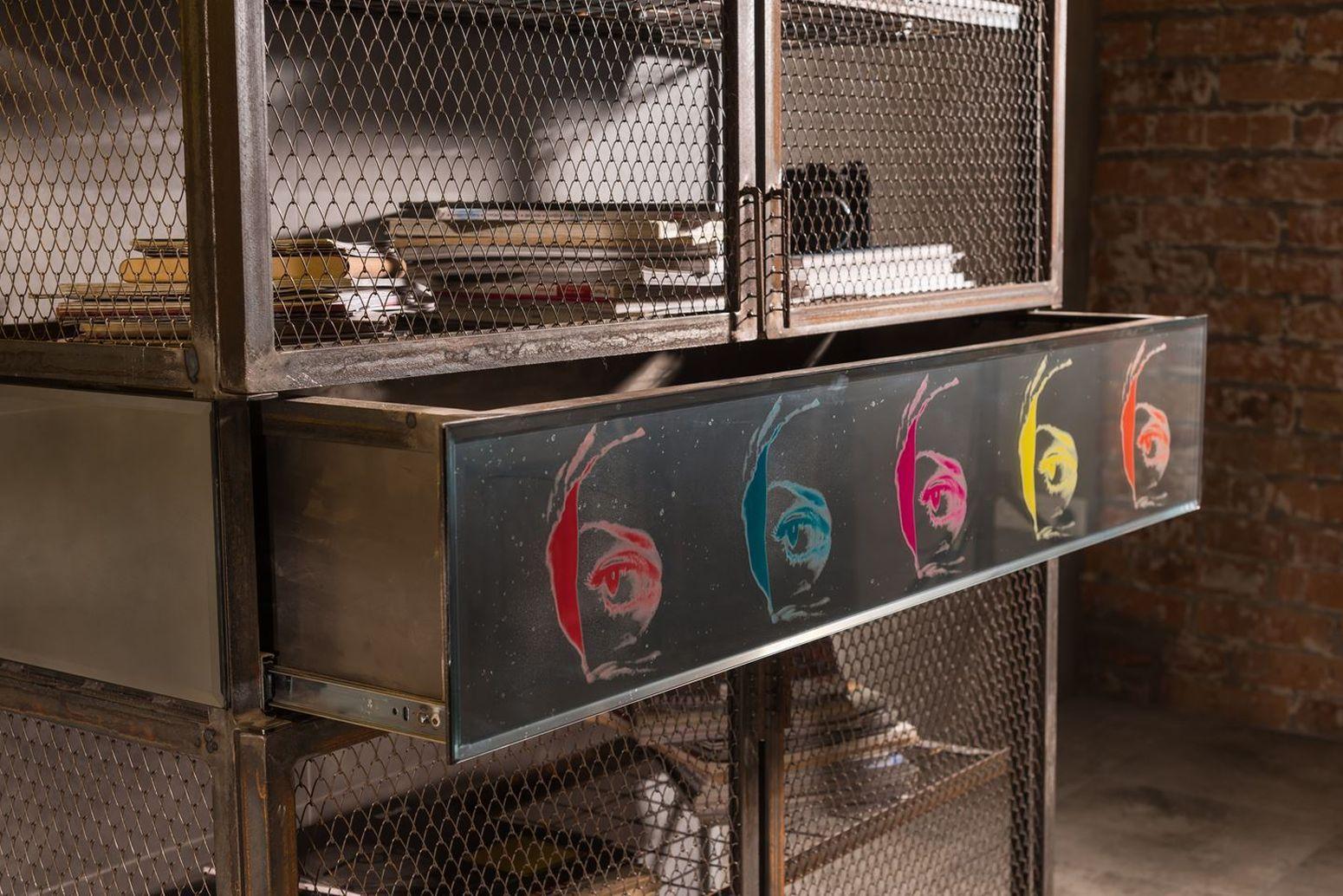 металлический стеллаж лофт