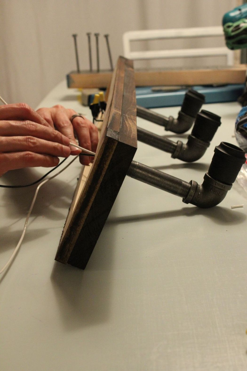 светильник в стиле лофт делаем проводку
