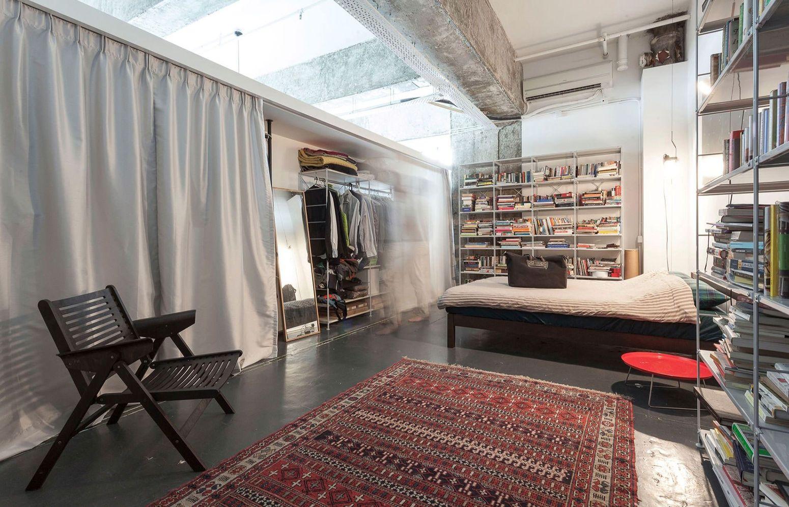 Бетонный лофт в городе с самой дорогой недвижимостью в мире